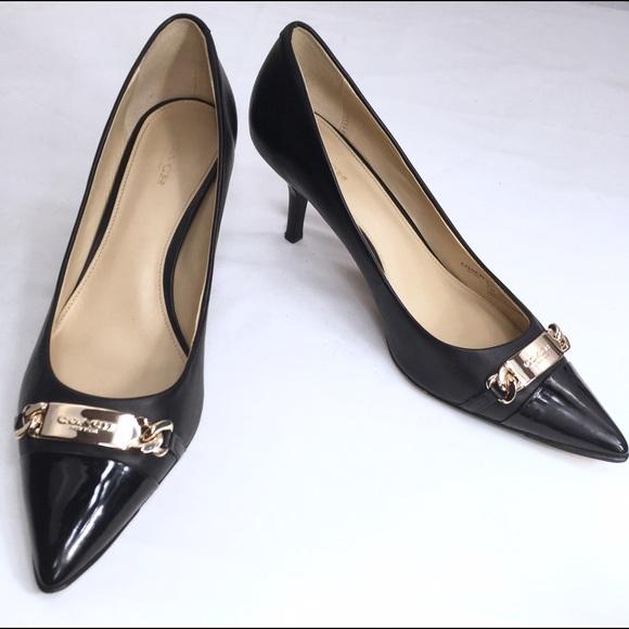 e8e311d8b1b6 Coach Shoes - COACH BOWERY Pointed-Toe Kitten Heel Pump Sz. 8.5B
