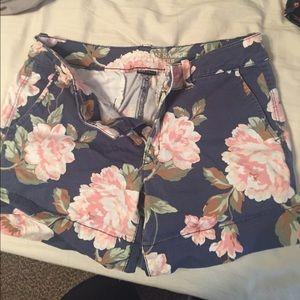 American eagle floral midi shorts