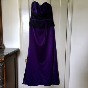 Alexia Designs Dresses & Skirts - Alexia Purple and Black Lace Gown
