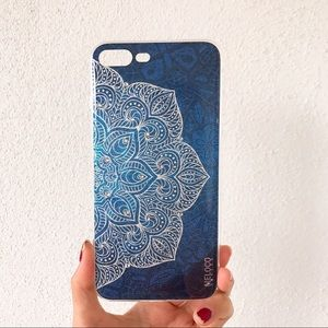 Accessories - Brand new mandala iphone 7 plus case