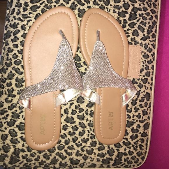84178b9ec3fa1 Apt. 9 Shoes - APT9 glitter flip flops