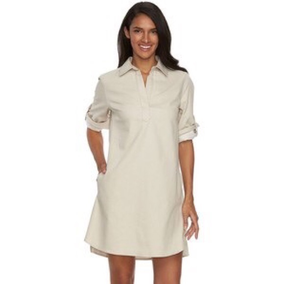 af556320b6a  Sharagano  Roll Tab Sleeve Shirt Dress