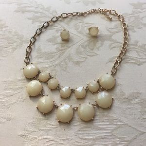 Jewelry - Cream statement necklace and earring set