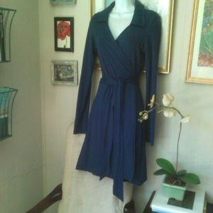 Lands End classic long Sleeve blue wrap dress