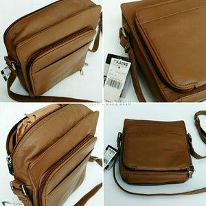 Trendy Wilson's Leather Vintage Zip Top Day Bag