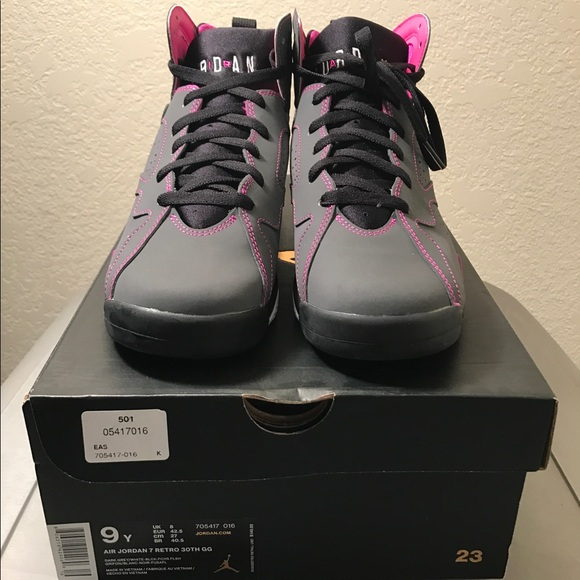 wholesale dealer 23eeb 9aef4 🆕🔥Nike Air Jordan 7 Retro Valentines Day Size 9Y