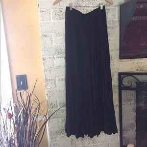 Southwest Canyon Dresses & Skirts - Southwest Canyon Black Broom Skirt