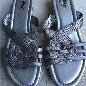 Women's Bass Silver Strappy Sandals Size 7.5M EUC