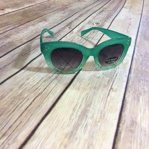 Aj Morgan Accessories - AJ Morgan Sunglasses
