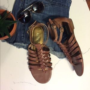Array Shoes - ARRAY Leather Gladiator Sandals