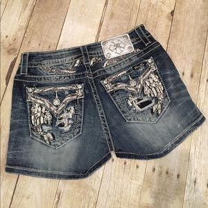 Miss Me Denim - Miss Me standard shorts with Bling size 27 or 28