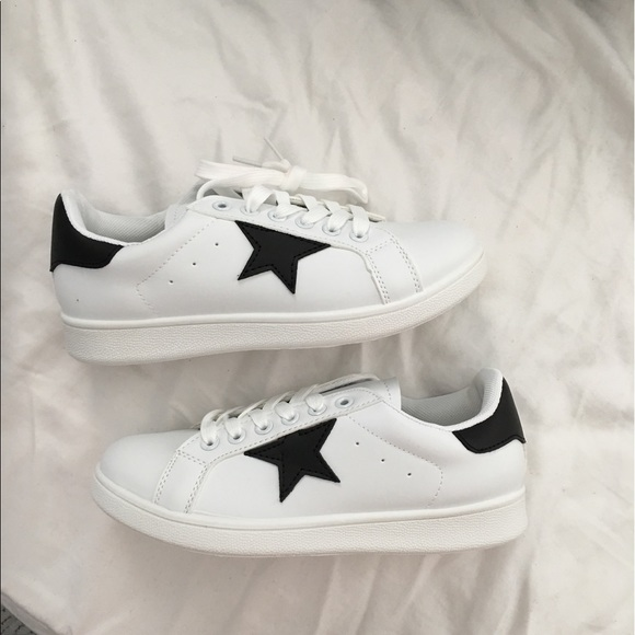 Qupid Shoes   Black Star White Lace Up