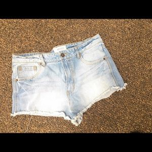 distressed forever 21 shorts size 5/6