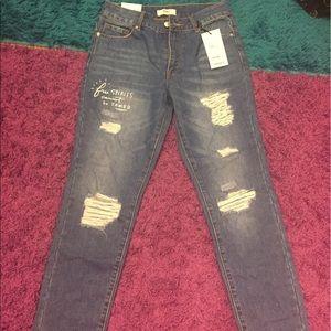 New forever21 boyfriend jeans size 24 !