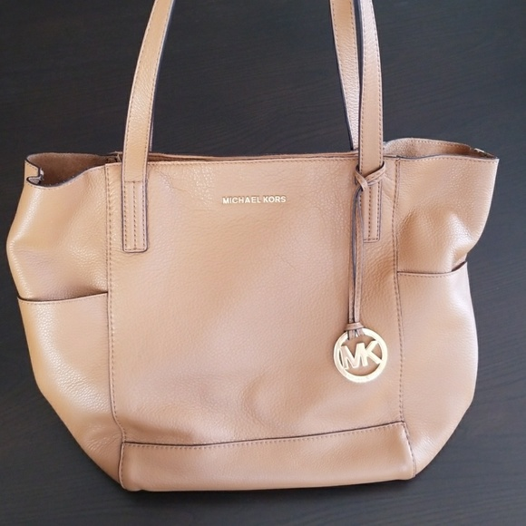 how to clean a michael kors bag at home