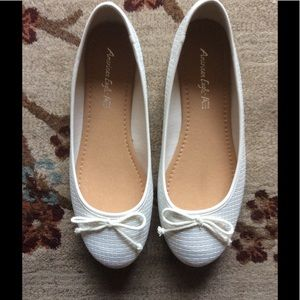 American Eagle by Payless Shoes - American Eagle White Ballet Flats 10W