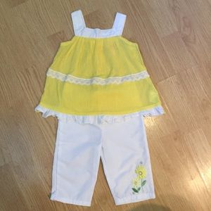 Baby Q Other - Sweet summer outfit NWOT 24 mo