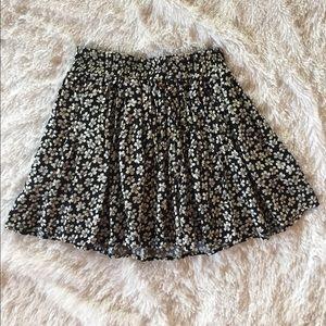 Brandy Melville Dresses & Skirts - Brandy Melville flower skirt