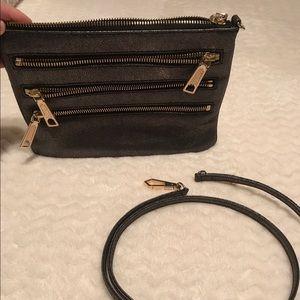 Clutch or crossbody bag. Used 1-2 times!