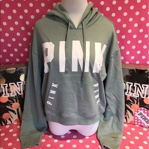 🆕NWT VS PINK cropped pullover hoodie