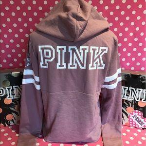 🆕NWT VS PINK begonia crossneck hoodie