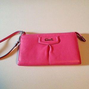 Coach Handbags - Coach wristlet, Wallet