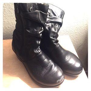 "Alegria Shoes - Alegría ""Ivy"" Black Zip Up Boots"