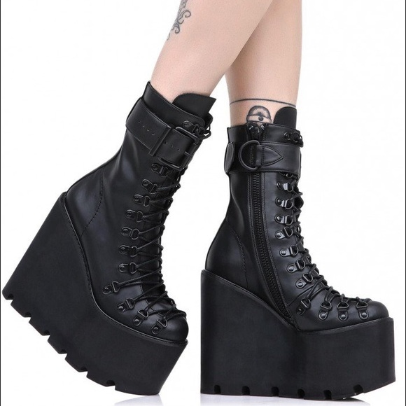 615100a57f Dolls Kill Current Mood Traitor Boots Size 8