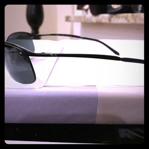 Ray-Ban Other - Ray bans, new nwt, great fitting sunglasses