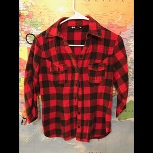 Planet Gold Tops - RED AND BLACK CHECKERED FITTED FLANNEL