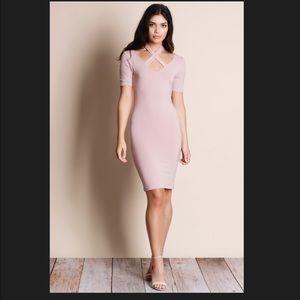 Aluna Levi Dresses & Skirts - NWT HALTER CRISS CROSS BLUSH DRESS.