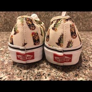 9b75d703b8 Vans Shoes - VANS tiki pineapple skulls!