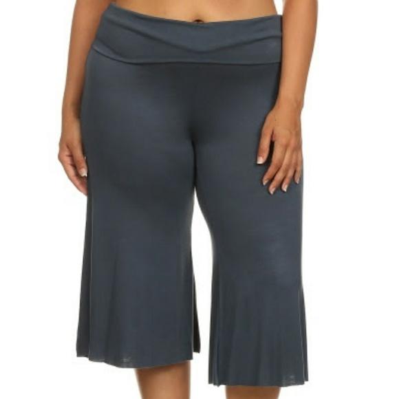 8ec463b79f5 New Plus Gaucho Yoga Capri Wide Leg pants grey