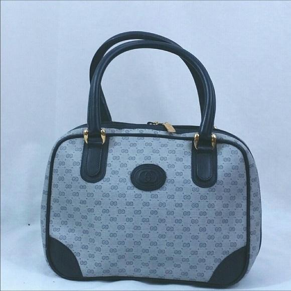 1764c717bf6e1 Gucci Handbags - 🎉Flash Sale🎉 Authentic Gucci Boston Bag   Wallet