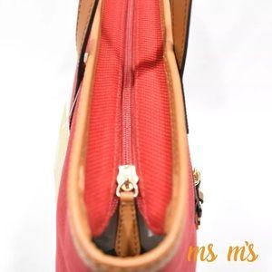 Michael Kors Bags - 😲❗️SALE❗️FIRM PRICE NWT Michael Kors CANVAS tote 85149229bc