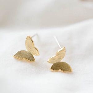 Jewelry - {3F20} 14k gold butterfly earrings