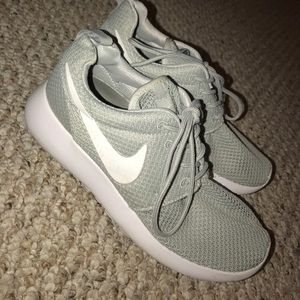 gray nike roshes
