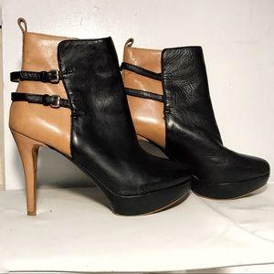 Zara Shoes - ZARA COLOR BLOCK ANKLE BOOTIE 9