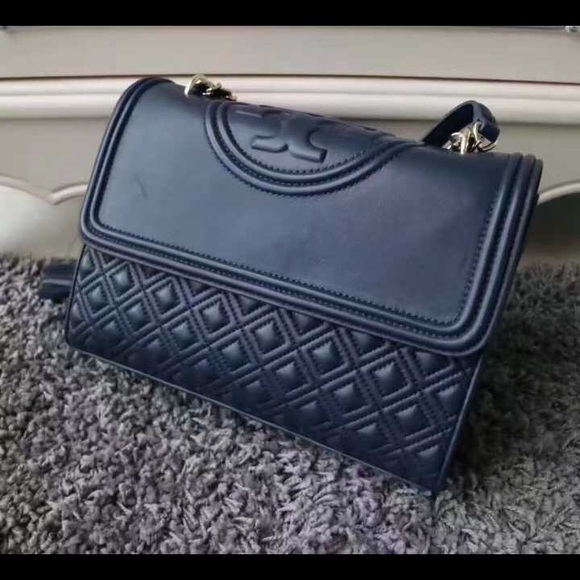 02c01a0ee3b Tory Burch Fleming Convertible Shoulder Bag