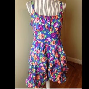 Dress Barn Dresses & Skirts - Layered dress Sz 16 Dress Barn worn once EUC