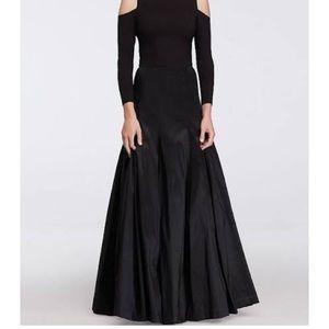 Eliza J Dresses & Skirts - Eliza J size 10 taffeta skirt