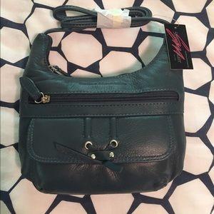 Handbags - Stone Mountain Leather Purse 👛