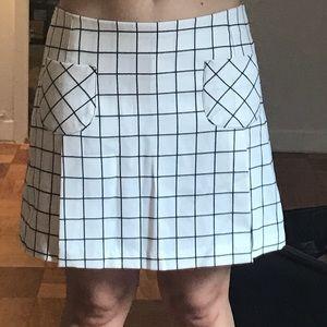 Anna Sui White and Black Plaid Skort Size 4