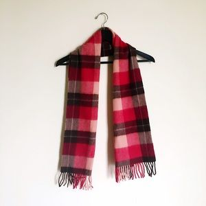 Erdos Other - 💯Pure wool scottish style scarf
