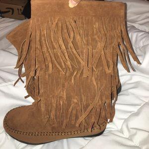 Rampage fringe boots