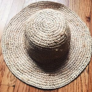Accessories - Vintage Floppy Straw Sun Hat