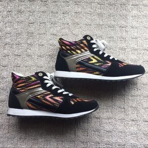 Shoes - Tribal sneakers