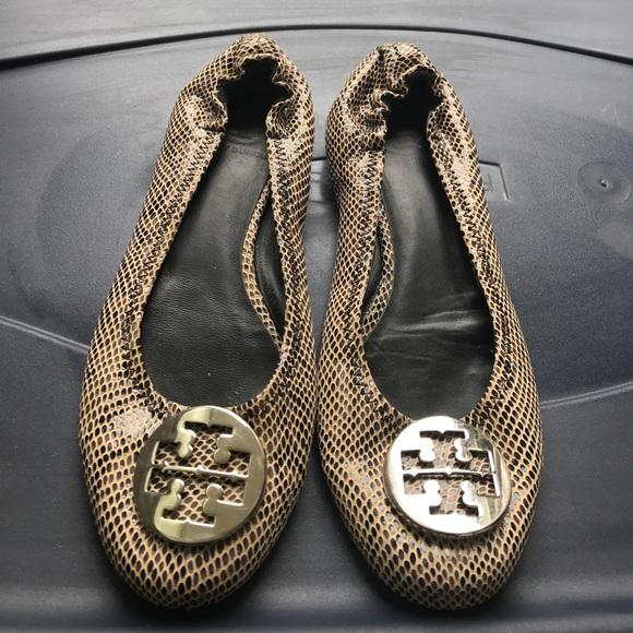 52f7dc31c3f2 Tory Burch Shoes - Women s Tory Burch Reva snake skin flats 8.5
