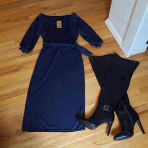 Dresses - Beautiful Navy Blue Dress!