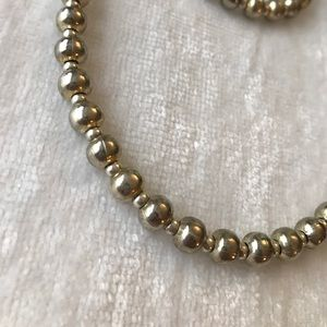 Jewelry - Beautiful silver necklace and bracelet set!